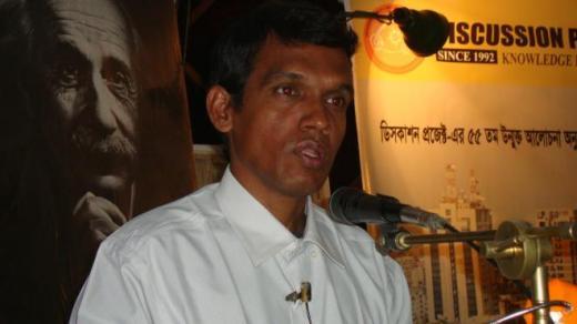 ২০১৫ সালে হালিমা শরফুদ্দীন বিজ্ঞান পুরস্কার পেলেন আসিফ
